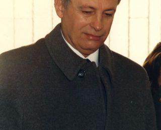 E. Viana