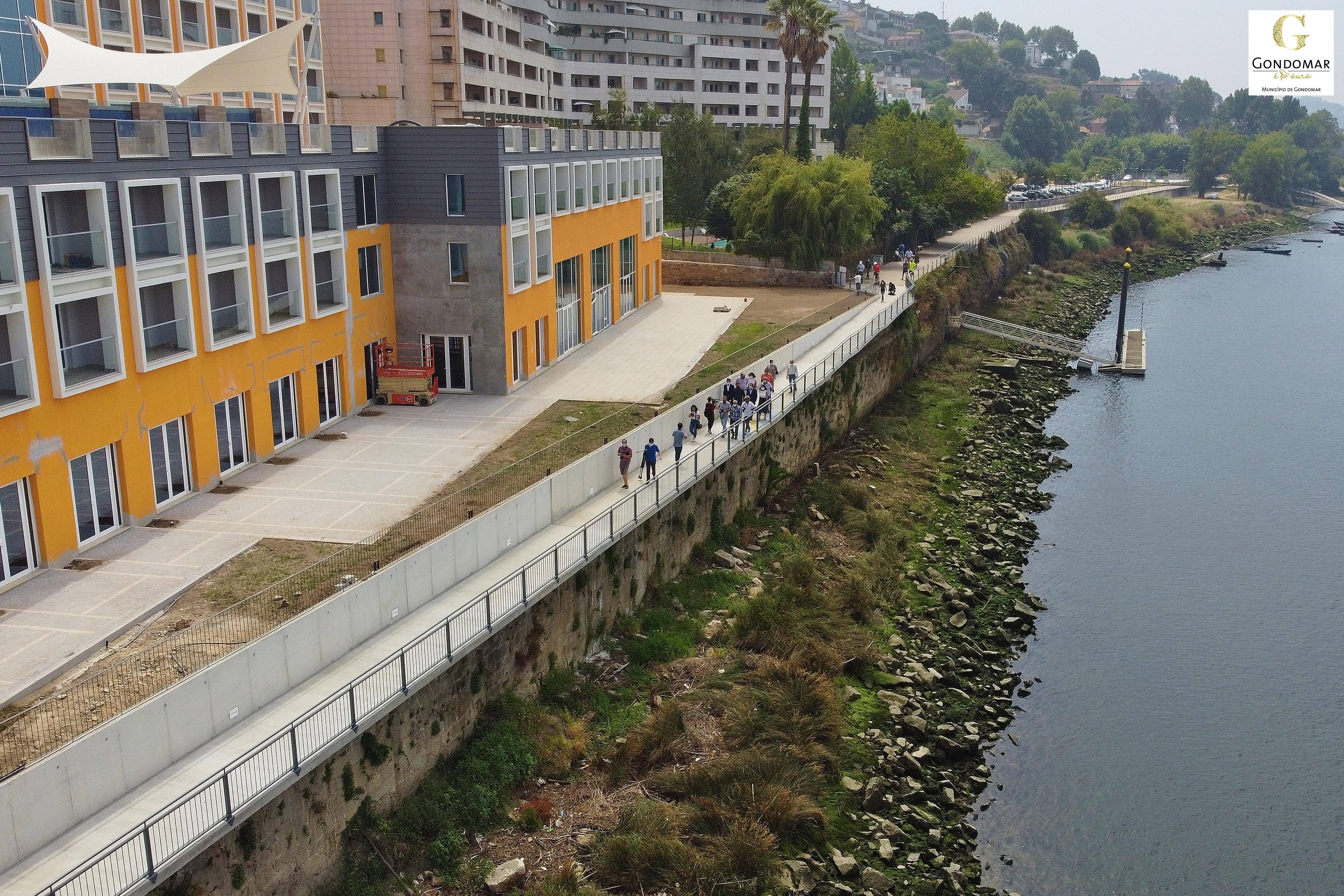 Inaugurado o novo troço pedonal que liga Gondomar ao Porto