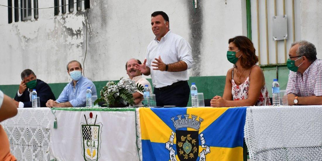 Assinado o Contrato para a requalificação e colocação de relvado sintético no Campo de São Domingos